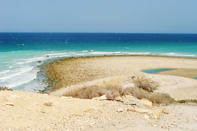 24 oman beach