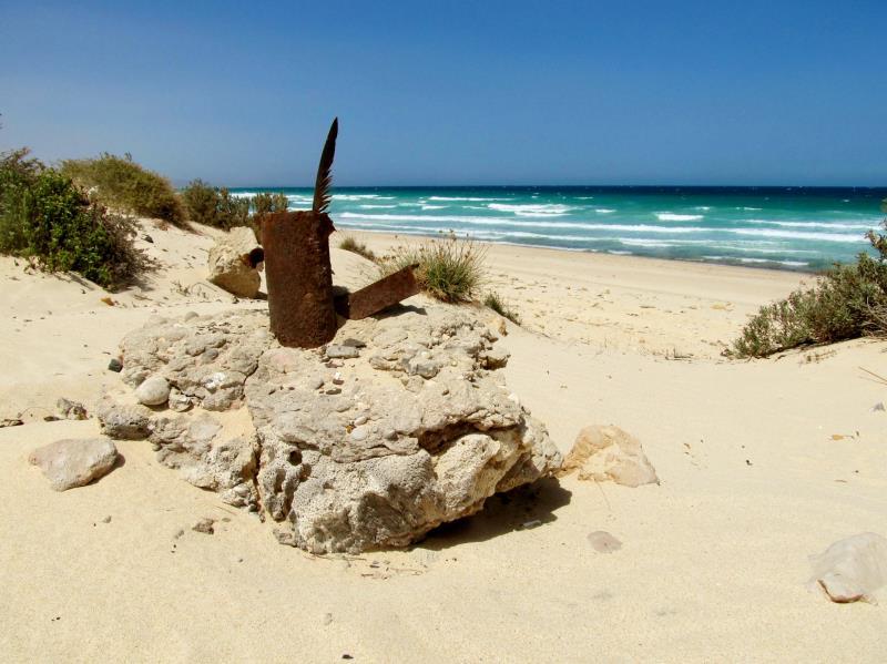 25 oman beach