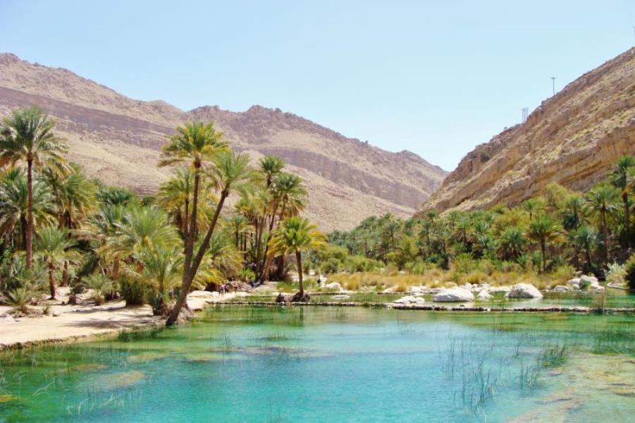 7 wadi bani khalid